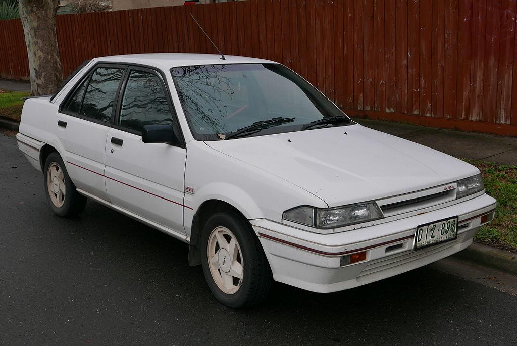 Nissan Pulsar III (N13) 1986 - 1990 Sedan #4