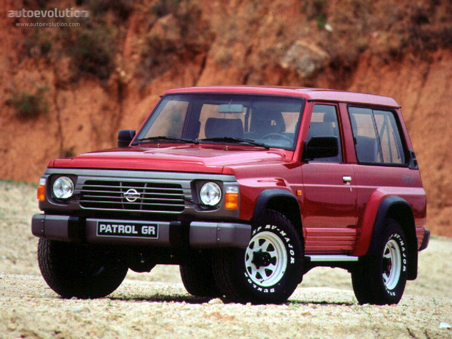 Nissan Safari IV (Y60) 1989 - 1997 SUV 3 door #1