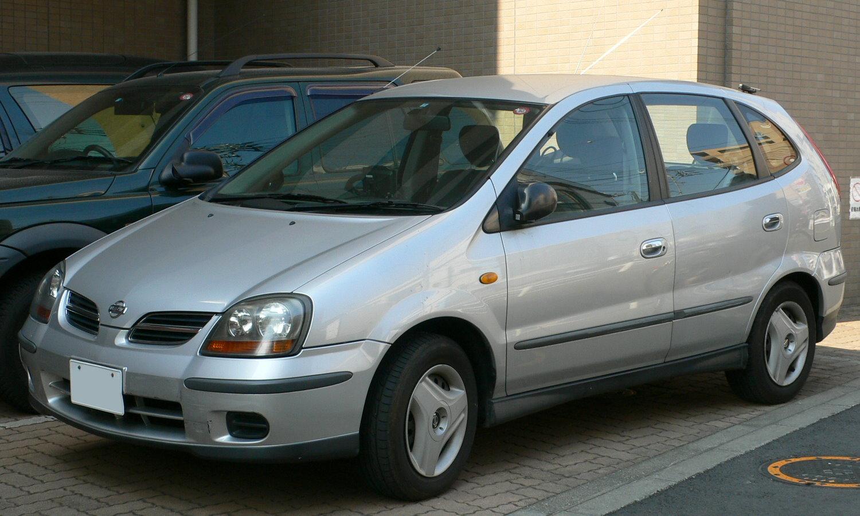 Nissan Tino 1998 - 2003 Compact MPV #3