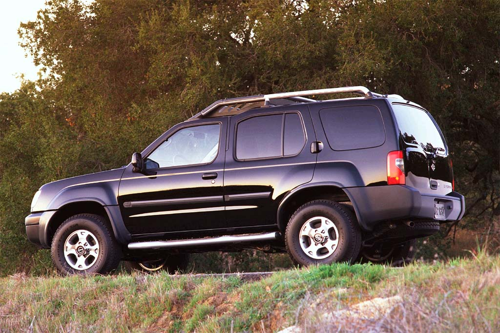 nissan xterra i 1999 2001 suv 5 door outstanding cars. Black Bedroom Furniture Sets. Home Design Ideas