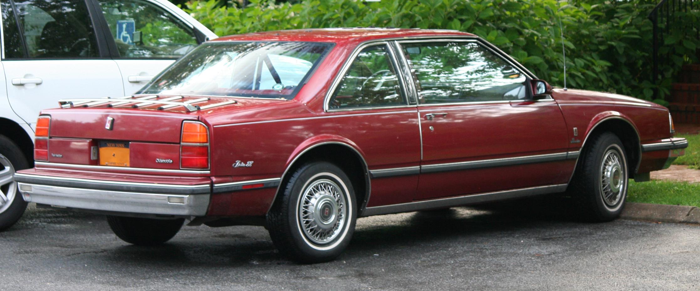 Oldsmobile Eighty-Eight IX 1986 - 1991 Coupe #2
