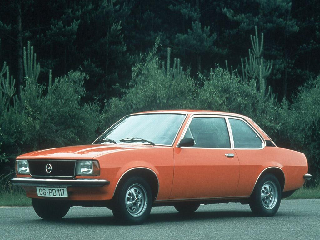 Opel Manta B 1975 - 1988 Hatchback 3 door #2