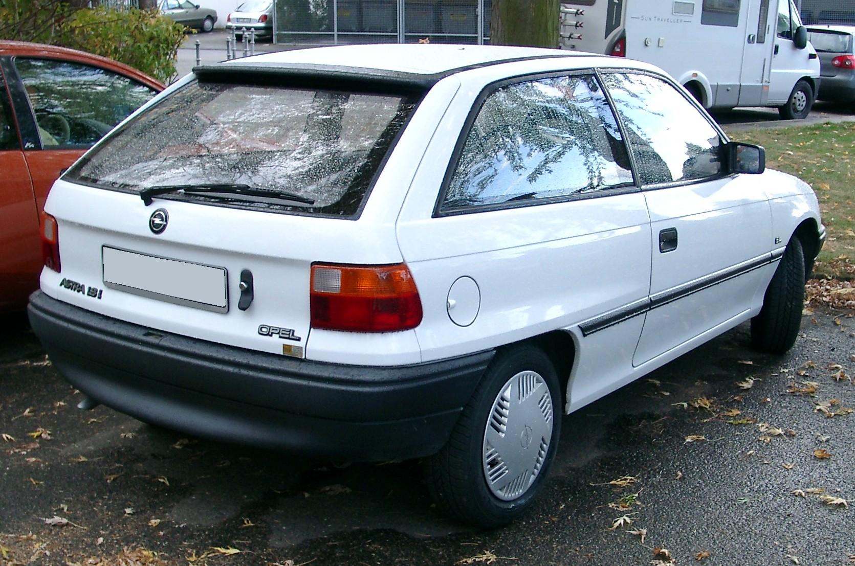 Vauxhall Astra F 1991 - 2002 Hatchback 3 door #7