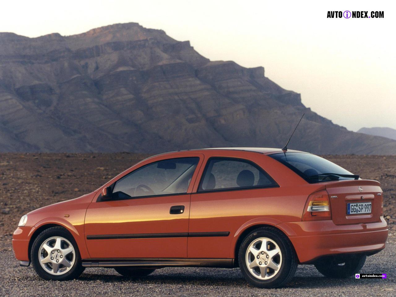 Vauxhall Astra F 1991 - 2002 Hatchback 3 door #1