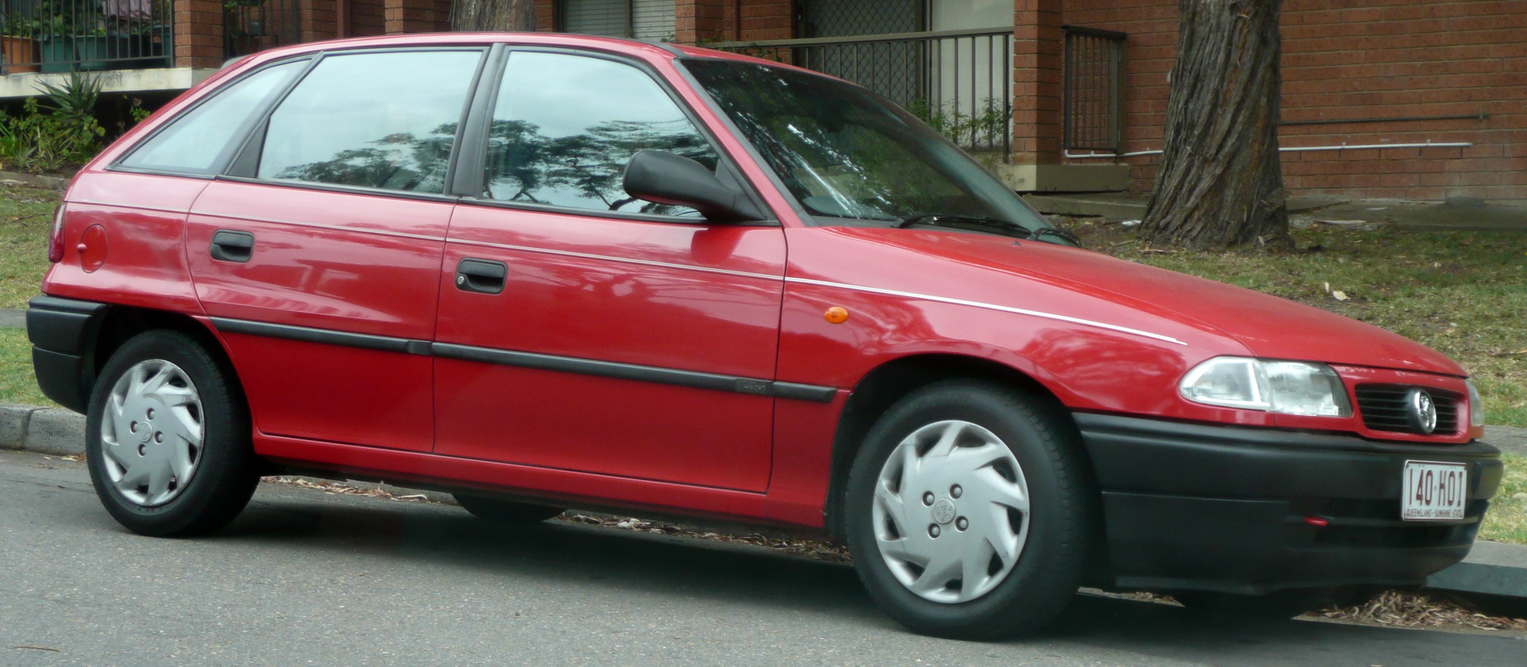 Opel Vectra A 1988 - 1995 Hatchback 5 door #5