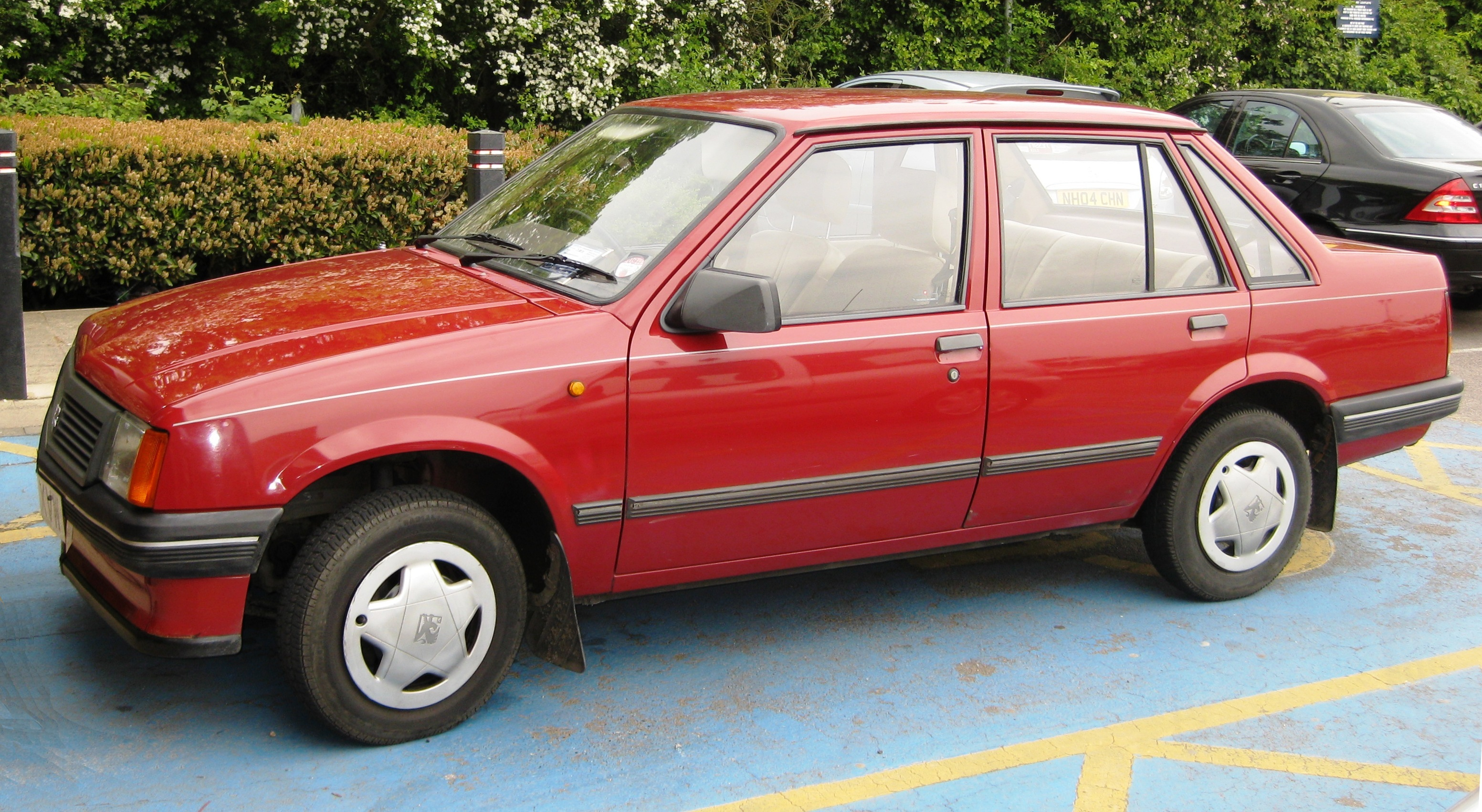 Opel Corsa A 1982 - 1993 Hatchback 3 door #2