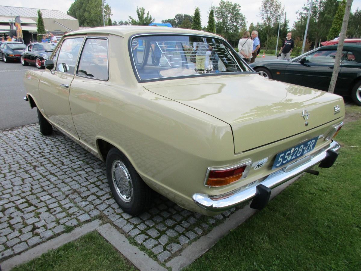 opel kadett b 1965 1973 sedan outstanding cars. Black Bedroom Furniture Sets. Home Design Ideas
