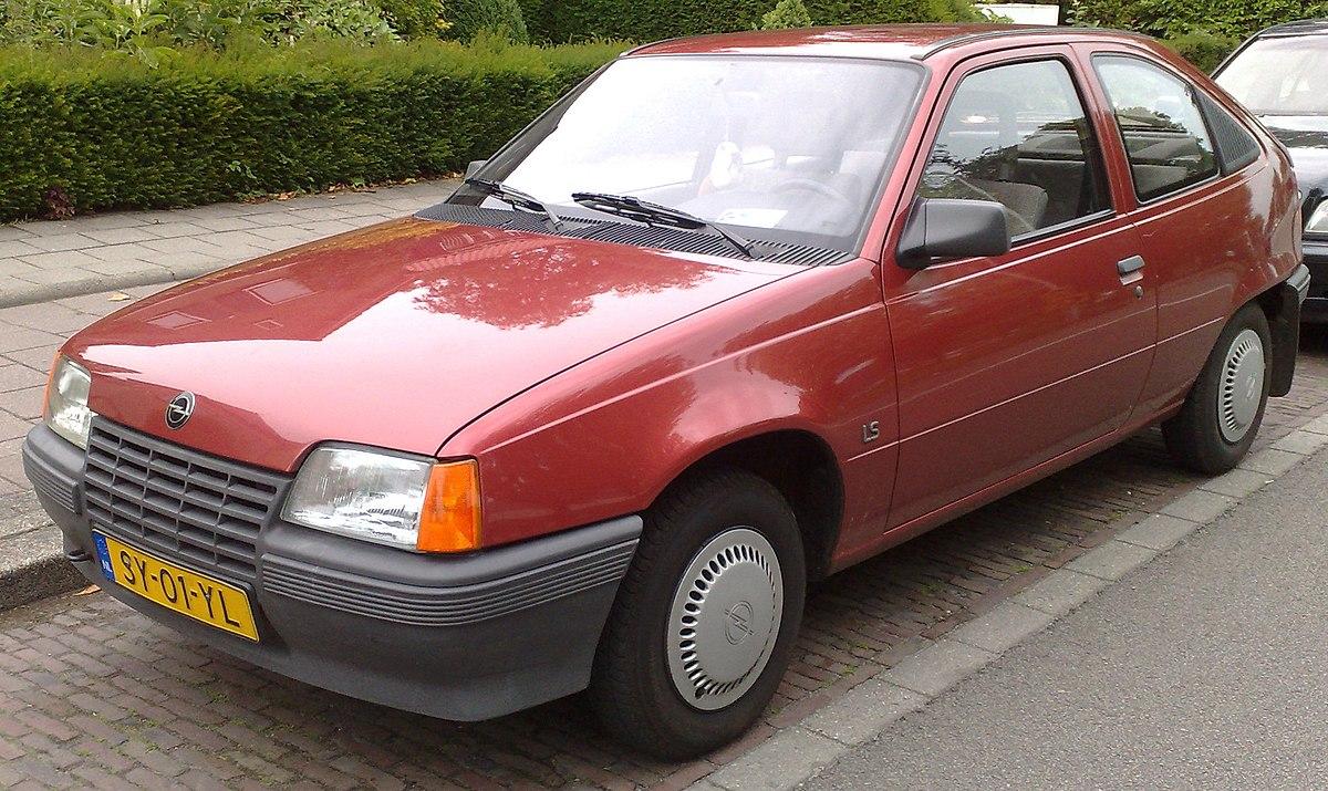 Vauxhall Astra D 1979 - 1984 Hatchback 5 door #2