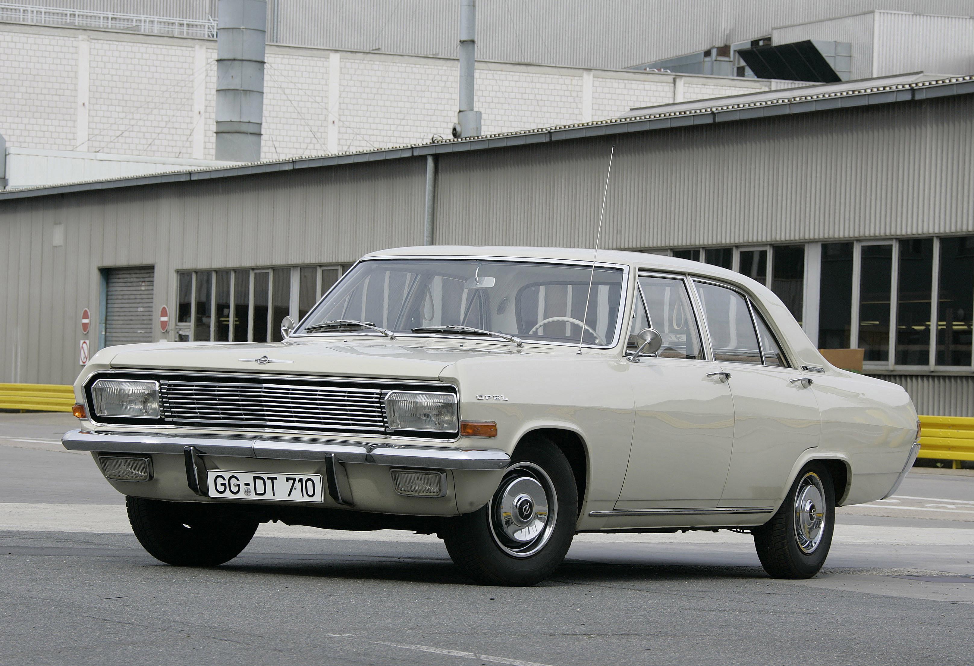 Opel Kapitan B 1969 - 1970 Sedan #6