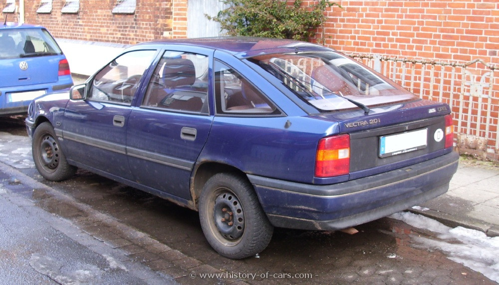 Opel Vectra A 1988 - 1995 Hatchback 5 door #2