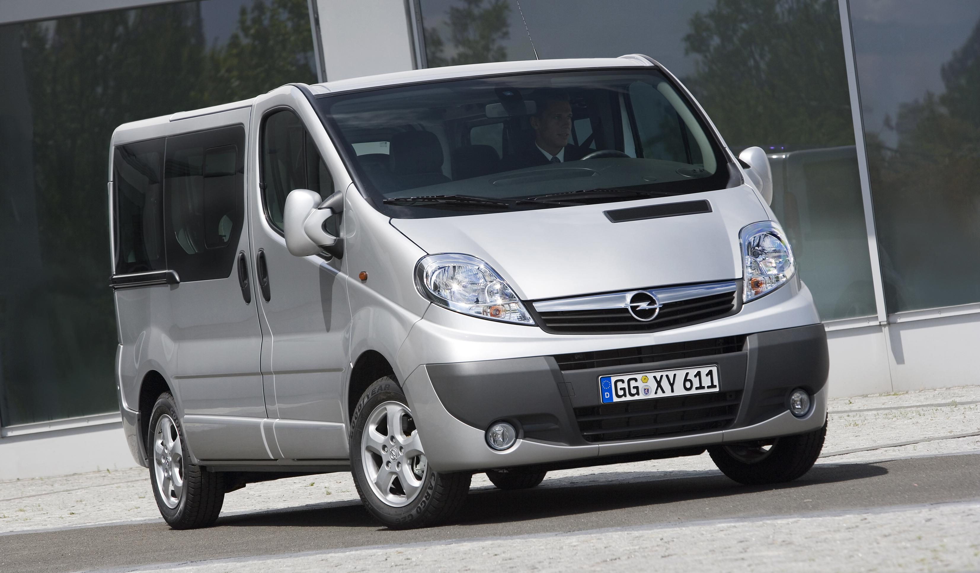 Opel Vivaro A 2001 - 2014 Minivan #1