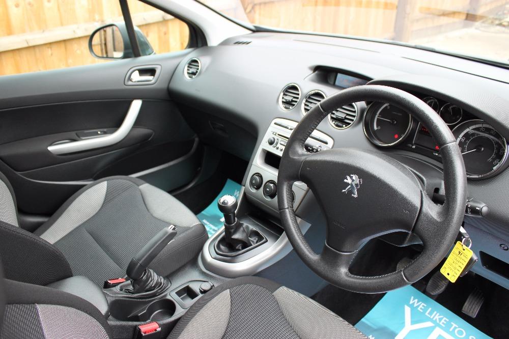 Peugeot 308 II 2013 - now Hatchback 5 door #5