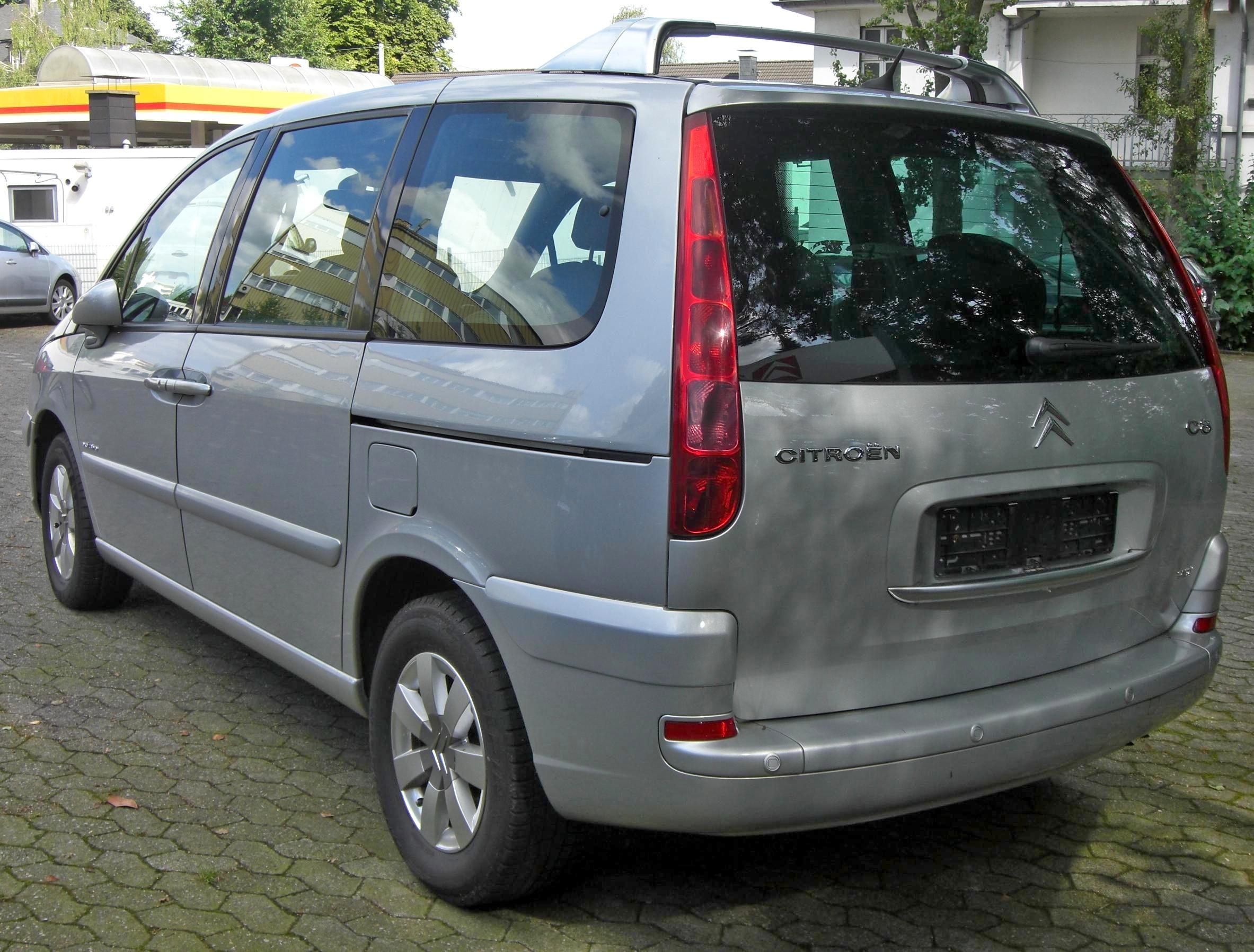 Peugeot 807 I Restyling 2008 - 2014 Minivan #1
