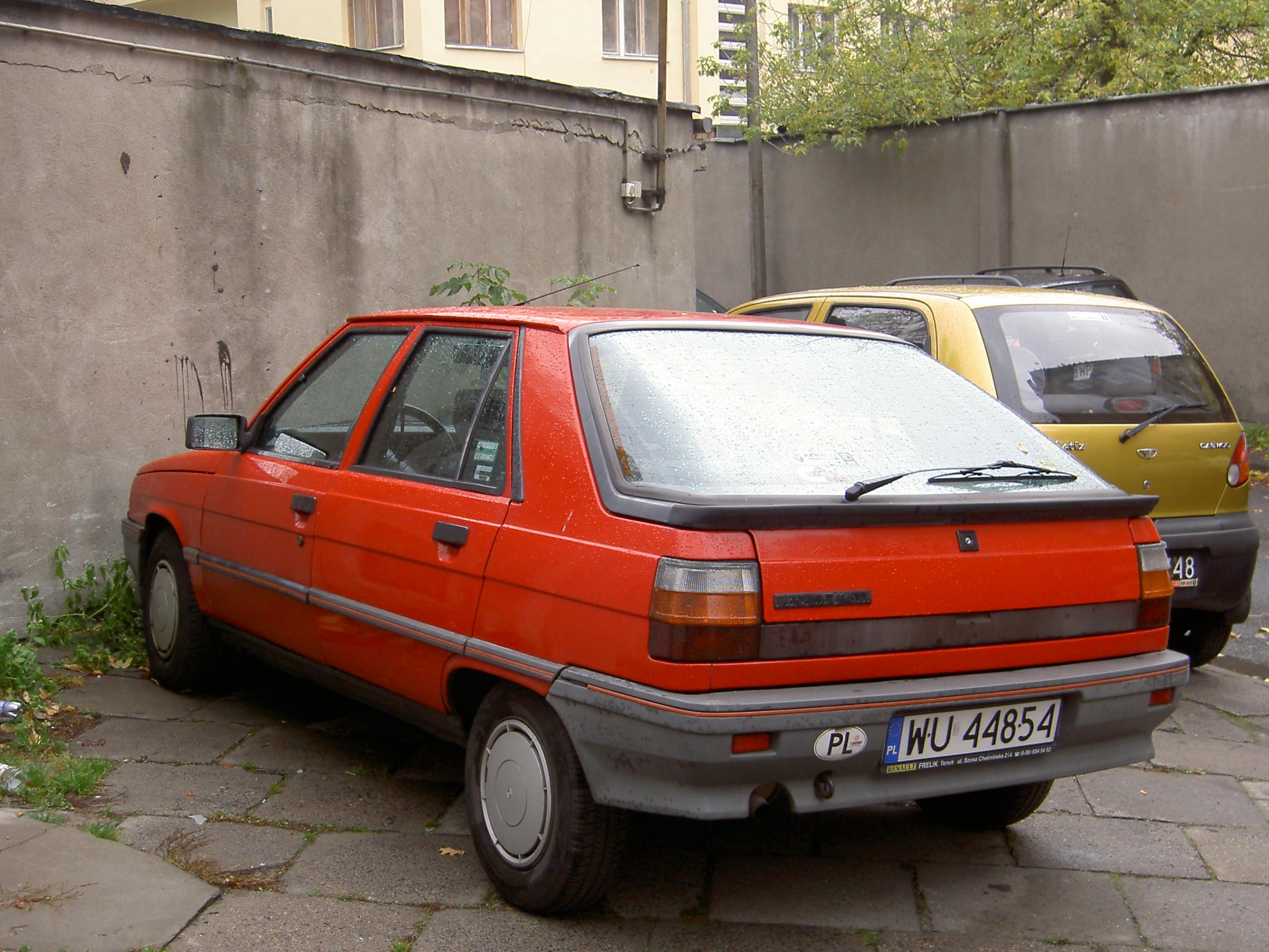 Renault 11 1983 - 1989 Hatchback 3 door #6