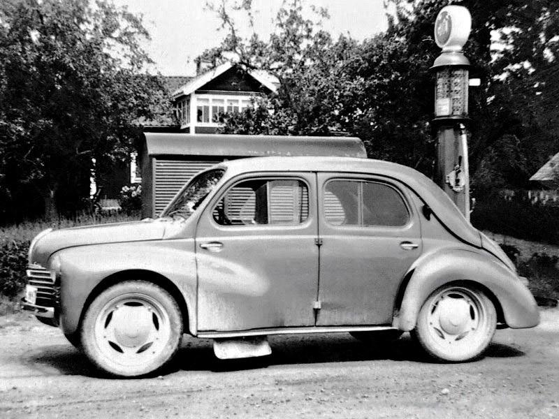 Renault 4CV 1947 - 1961 Sedan #1
