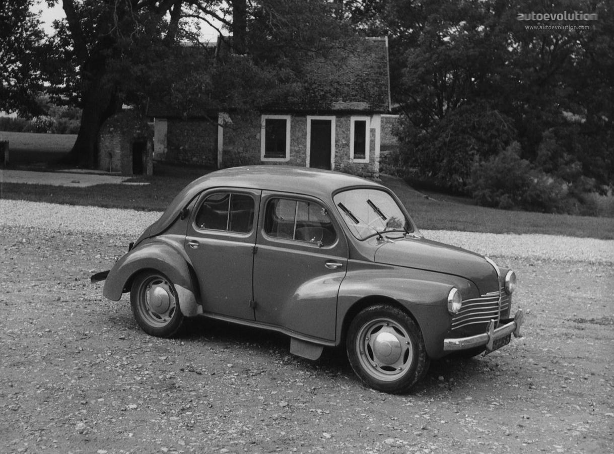 Renault 4CV 1947 - 1961 Sedan #2