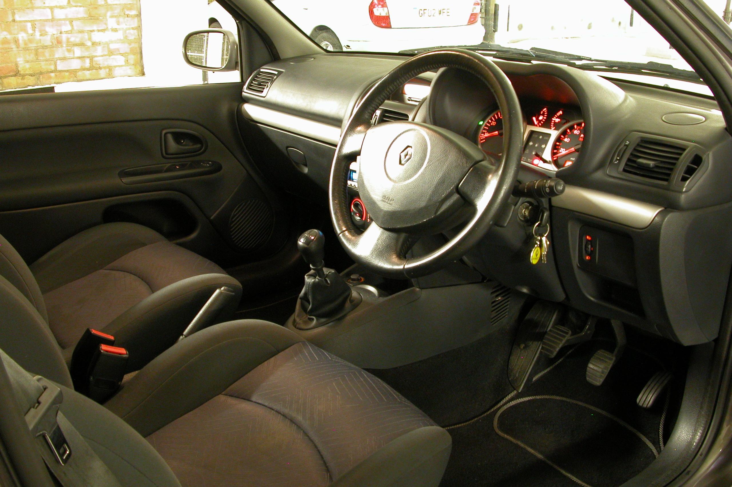 Renault Clio I 1990 - 1998 Hatchback 5 door #5