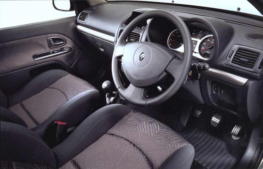 Renault Clio II 1998 - 2001 Hatchback 5 door #6