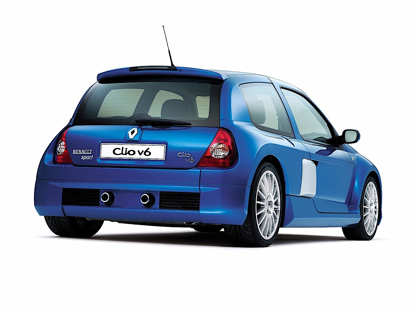 Renault Clio V6 2001 - 2005 Hatchback 3 door #4