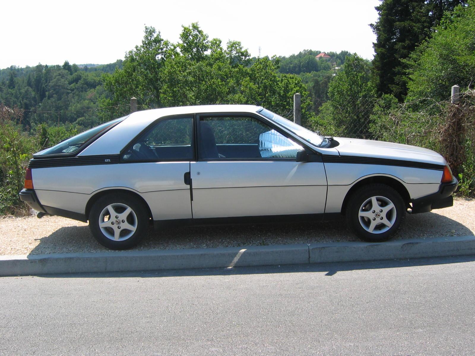 Renault Fuego 1980 - 1985 Hatchback 3 door #1