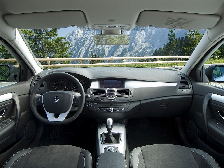 Renault Laguna III 2007 - 2012 Coupe #8