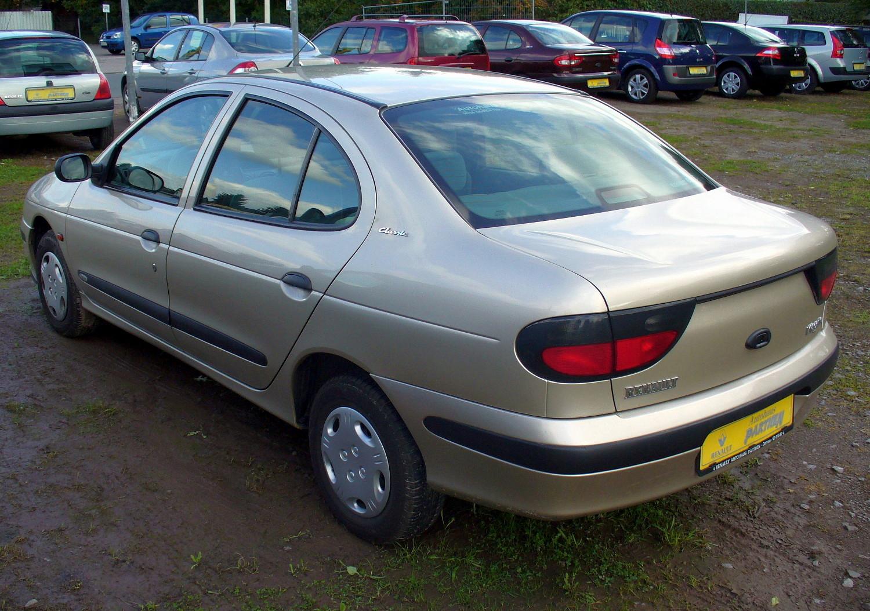 Renault Megane I 1995 - 1999 Sedan :: OUTSTANDING CARS