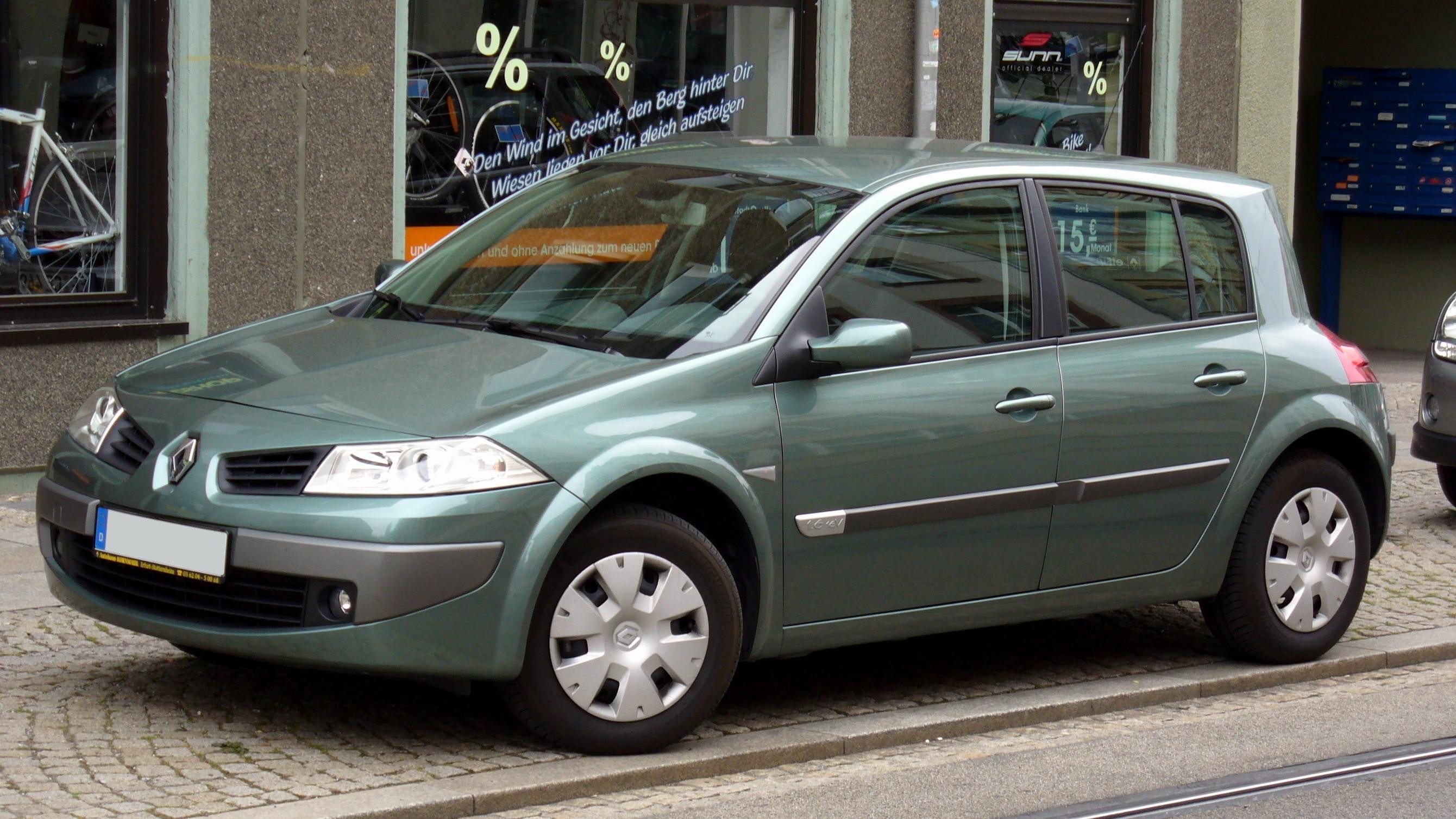 dimension renault scenic 2