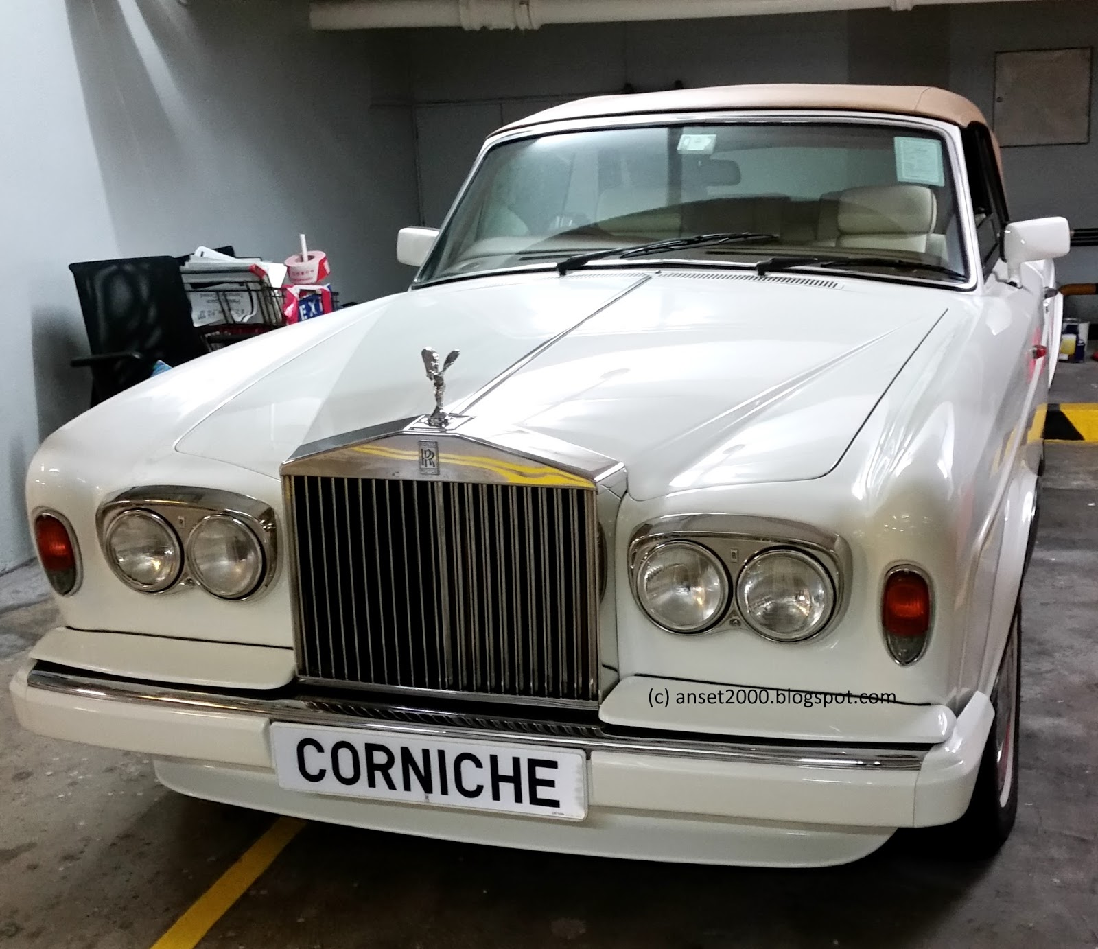 Rolls-Royce Corniche I - IV 1971 - 1995 Sedan 2 door #2
