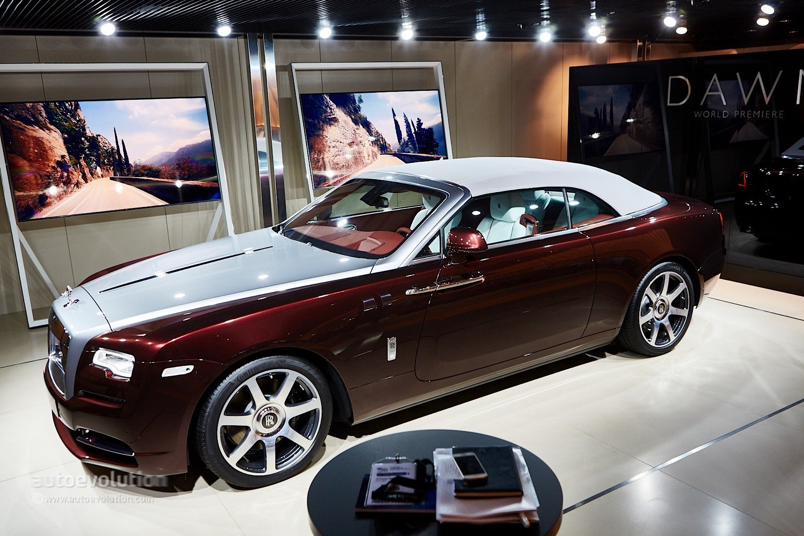 Rolls-Royce Dawn 2015 - now Cabriolet #1