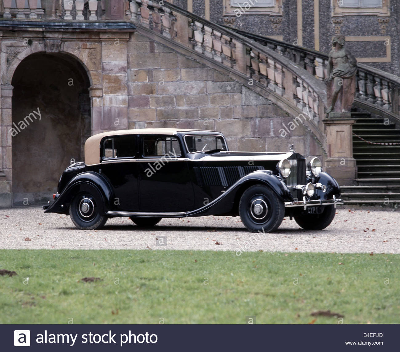 Rolls-Royce Phantom III 1936 - 1939 Sedan #2
