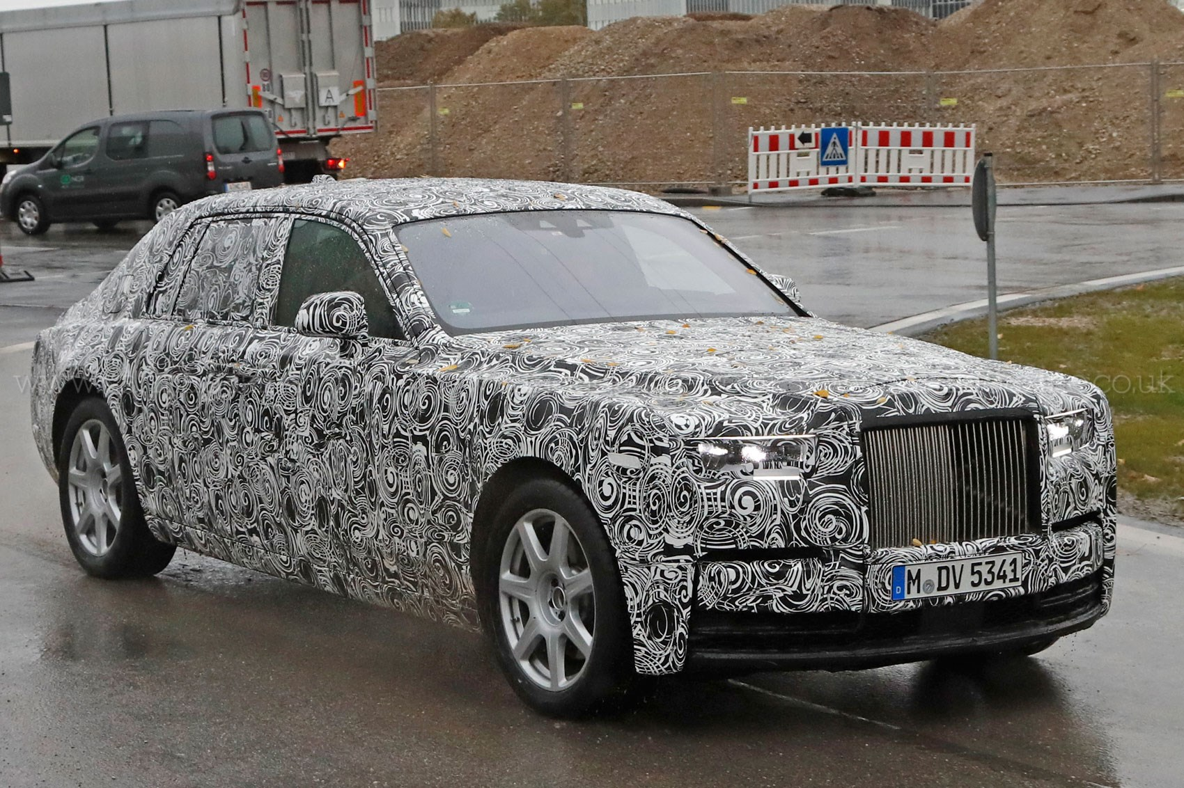 Rolls-Royce Phantom VIII 2017 - now Sedan #1