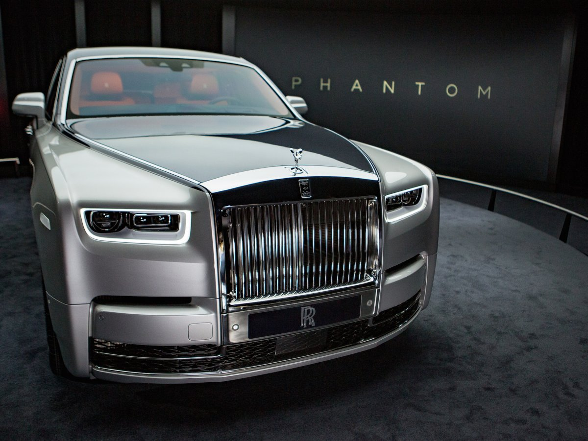 Rolls-Royce Phantom VIII 2017 - now Sedan #7