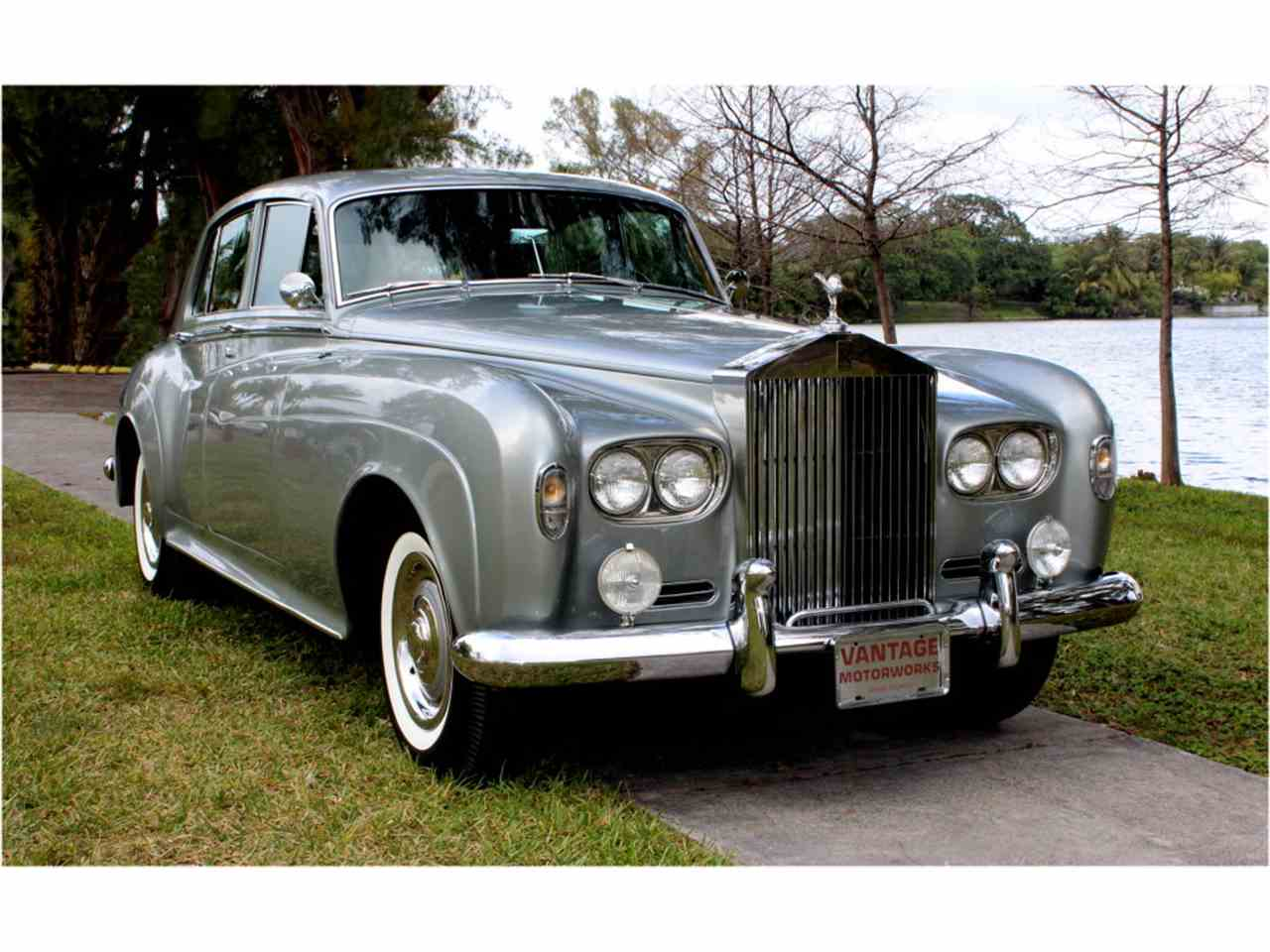 Rolls-Royce Silver Cloud III 1963 - 1966 Sedan #7