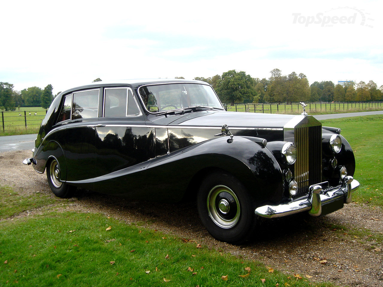 Rolls-Royce Silver Wraith 1946 - 1959 Sedan #2