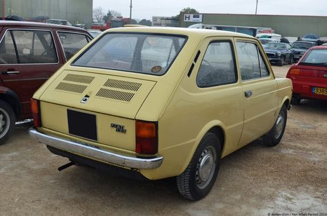 SEAT 133 1974 - 1979 Hatchback 3 door #4