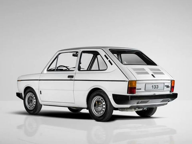 SEAT 133 1974 - 1979 Hatchback 3 door #1