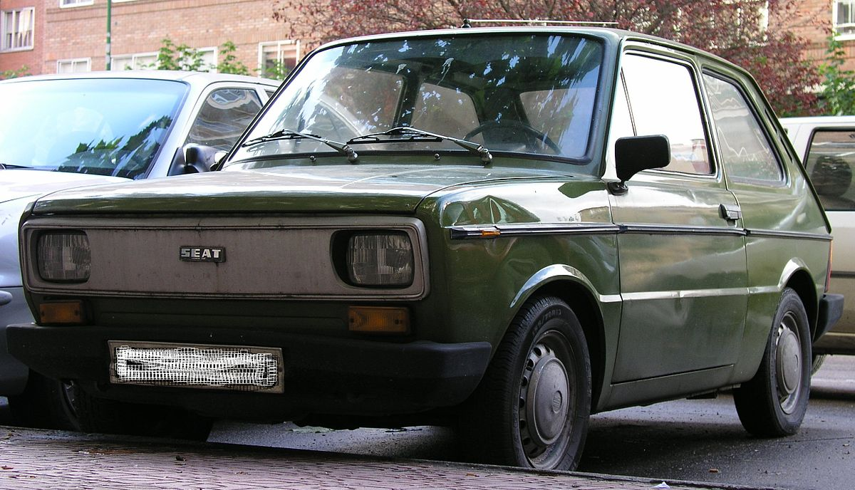 SEAT 133 1974 - 1979 Hatchback 3 door #5