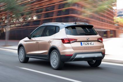 SEAT Arona I 2017 - now SUV 5 door #8