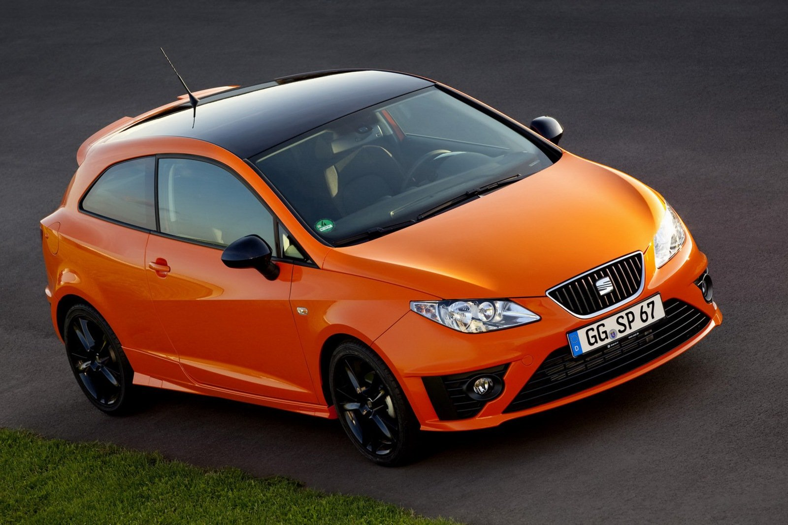 SEAT Ibiza IV Restyling 2012 - now Hatchback 3 door #2