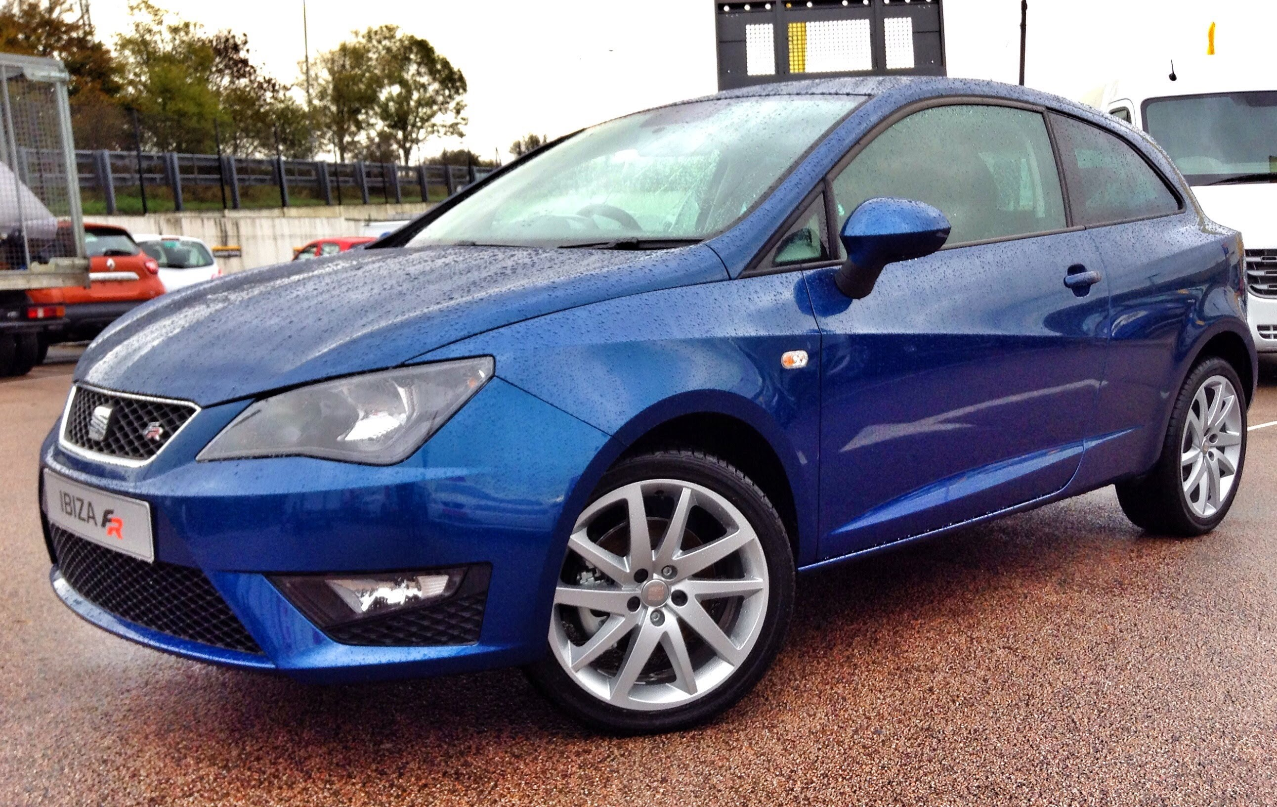 SEAT Ibiza IV Restyling 2012 - now Hatchback 3 door #1
