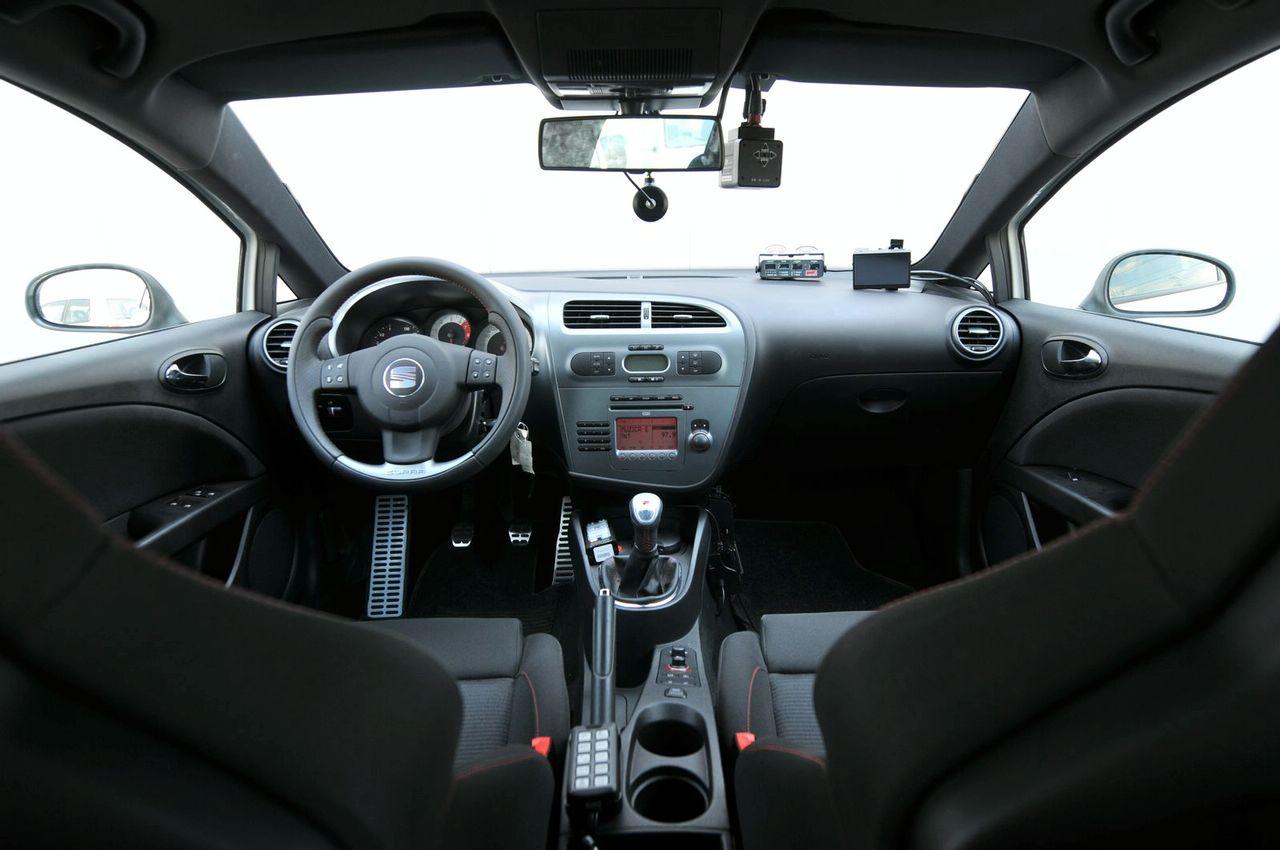 SEAT Leon II 2005 - 2009 Hatchback 5 door :: OUTSTANDING CARS