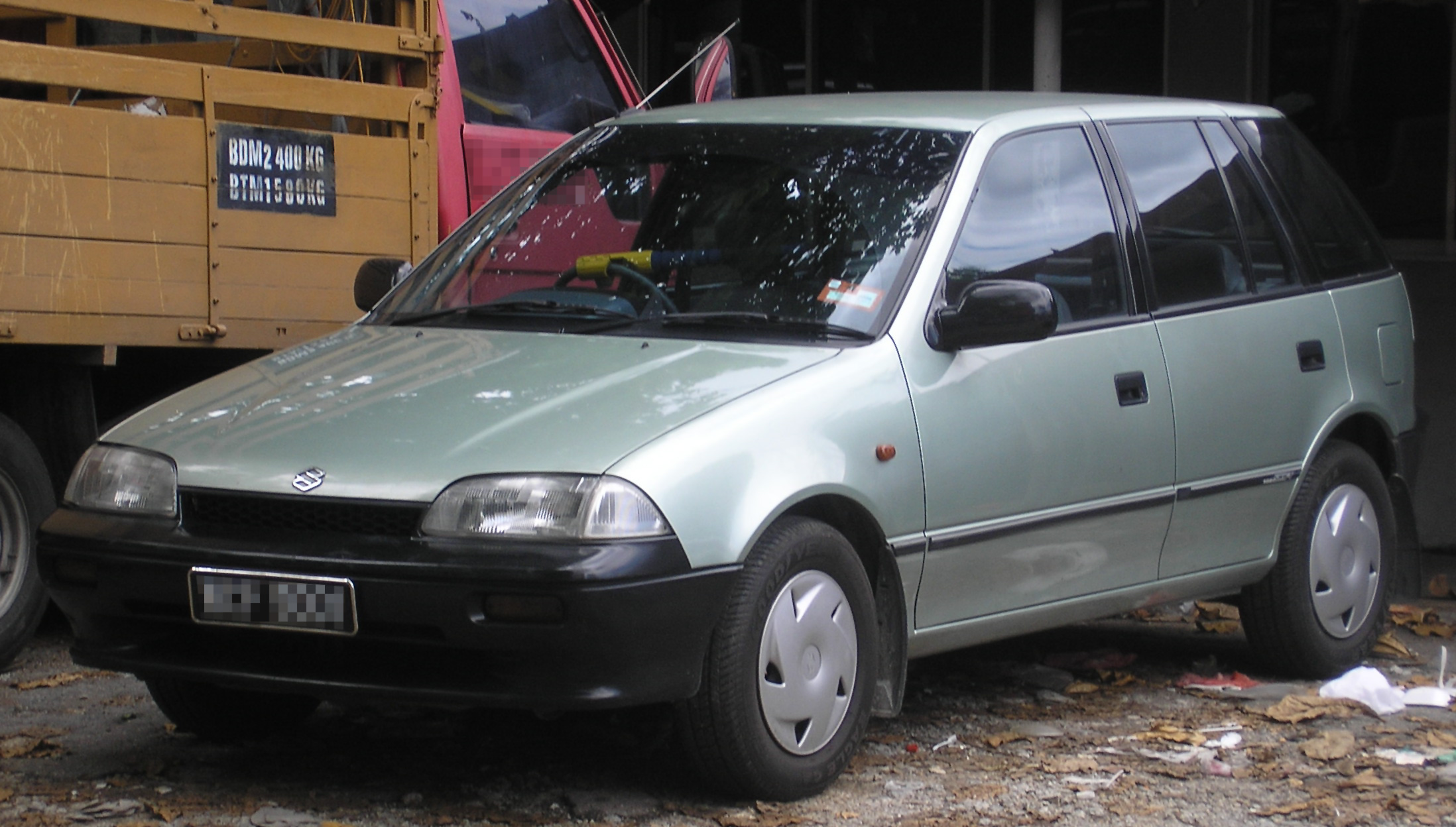 Suzuki Cervo IV Restyling 2 1997 - 1998 Hatchback 3 door #1