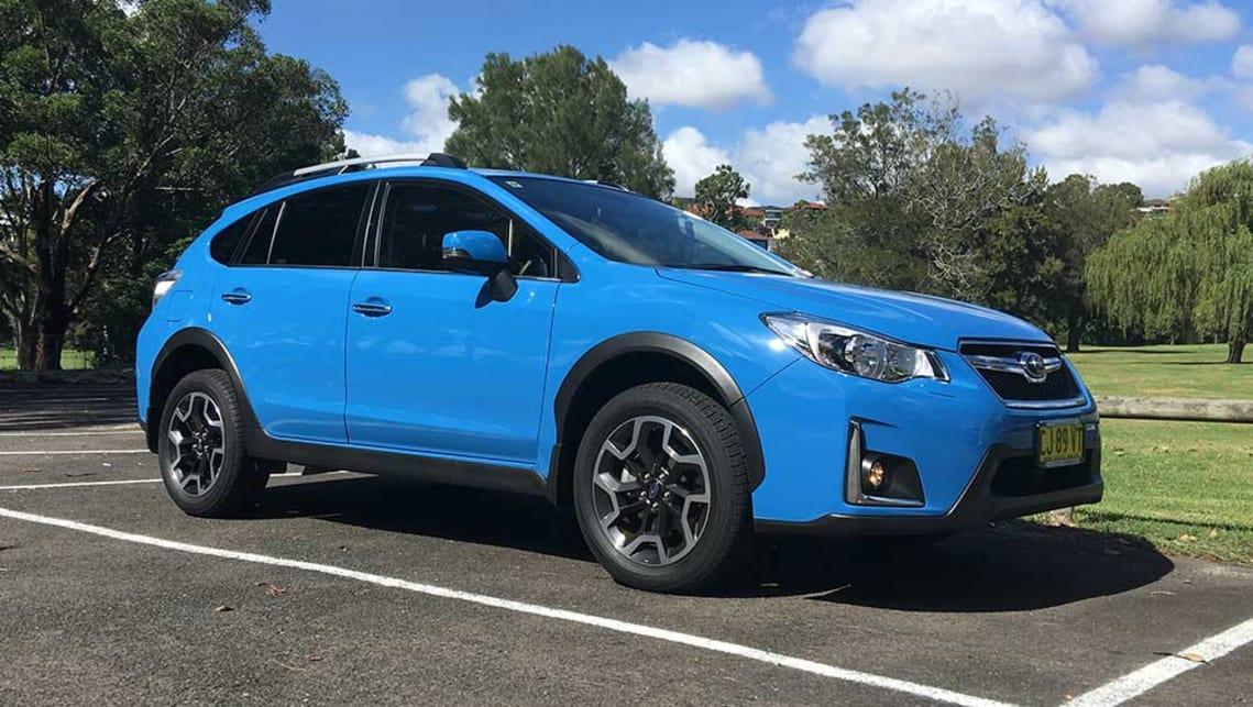 Subaru XV I 2011 - 2016 SUV 5 door #3