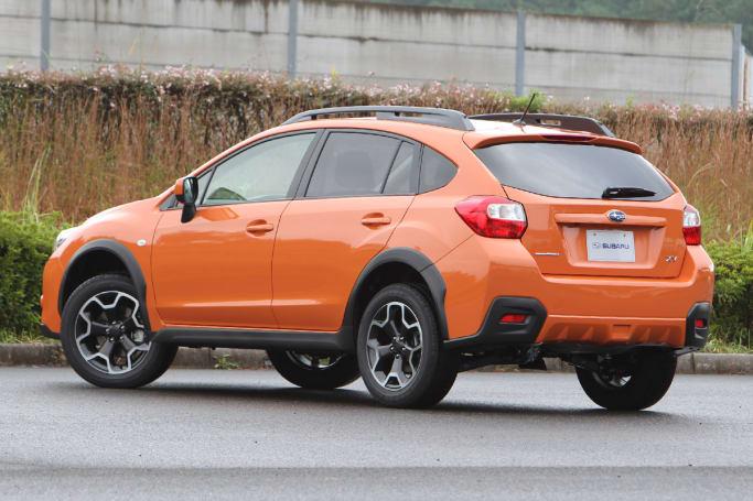 Subaru XV I 2011 - 2016 SUV 5 door #7