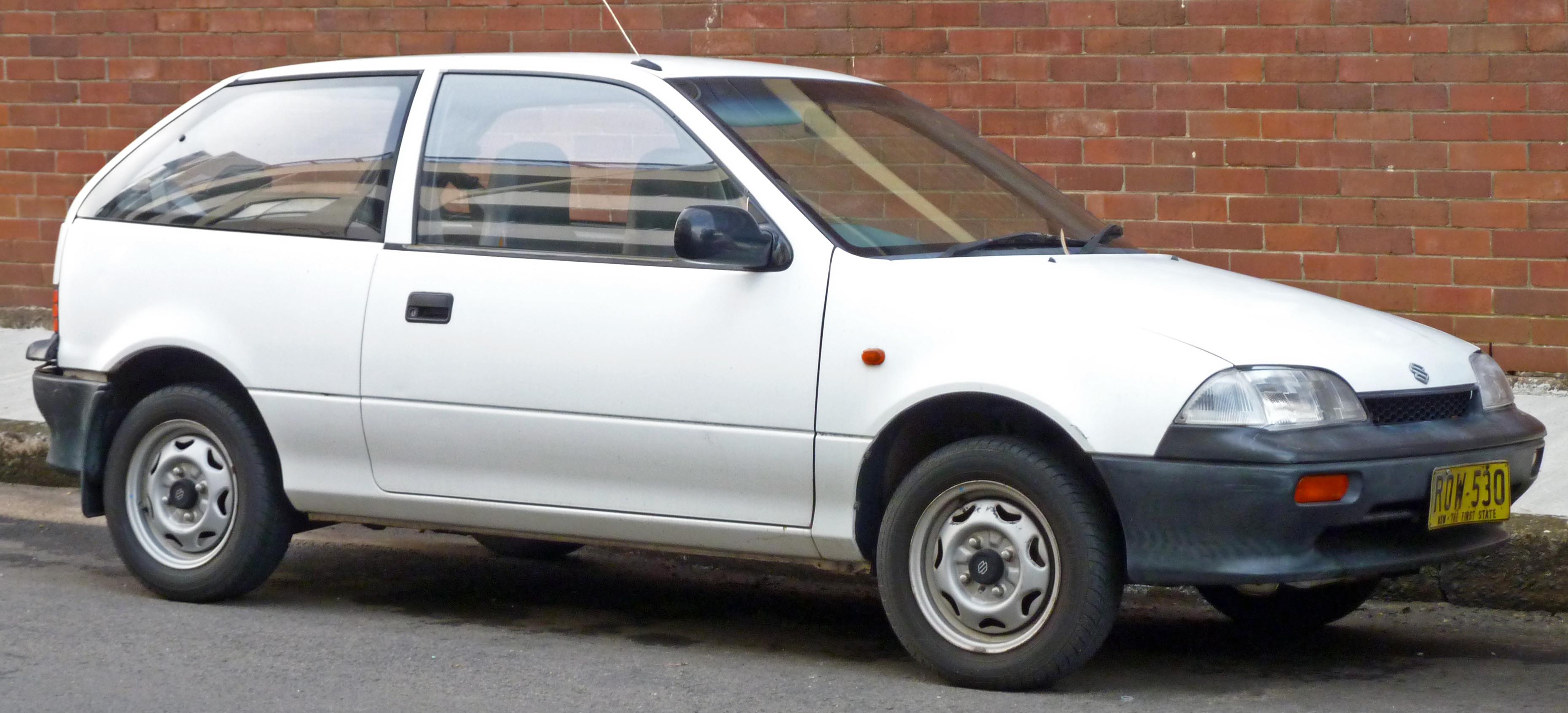 Suzuki Swift II Restyling 1995 - 2003 Hatchback 5 door #2
