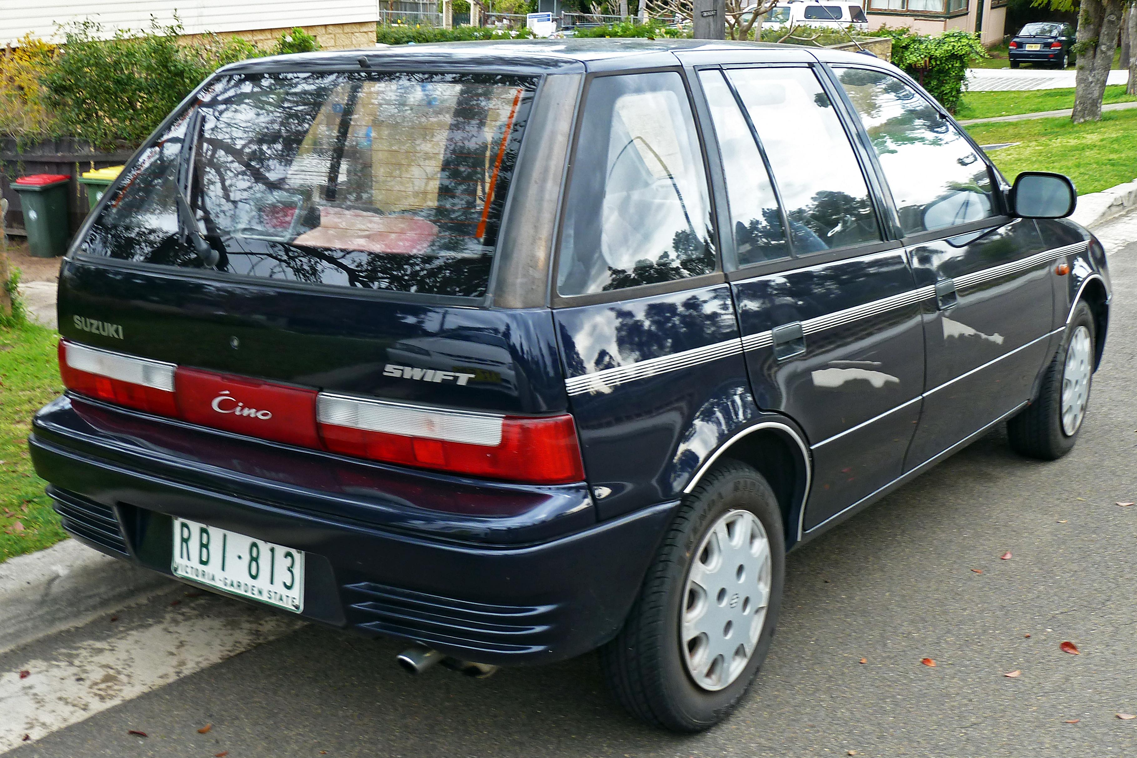 Suzuki Swift II 1989 - 1995 Hatchback 3 door :: OUTSTANDING CARS
