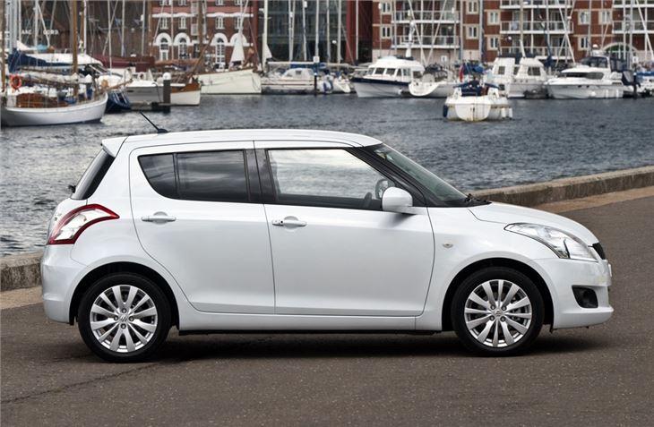 Suzuki Swift IV 2010 - 2013 Hatchback 5 door :: OUTSTANDING CARS