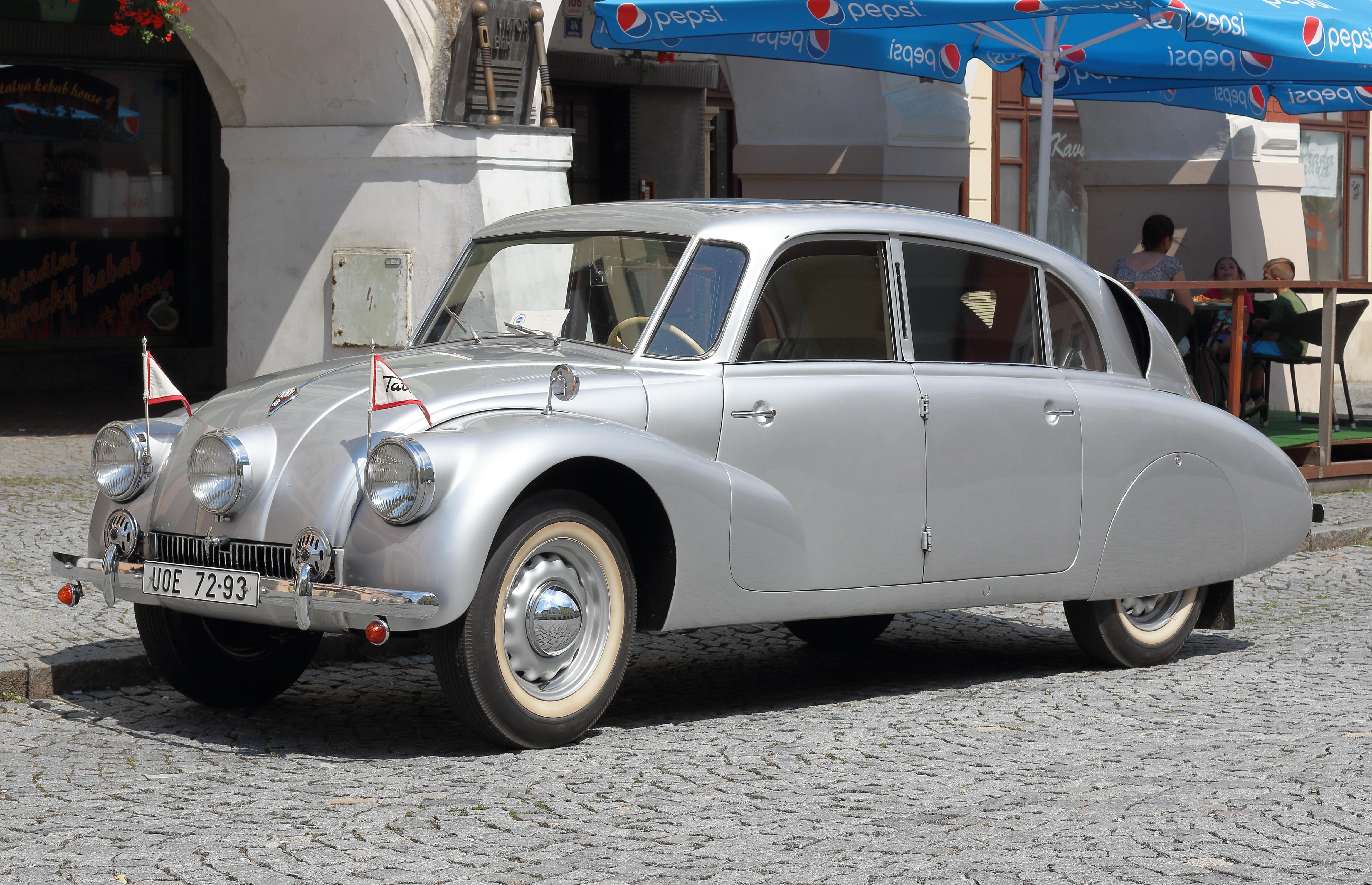 Tatra 87 1936 - 1950 Sedan #3