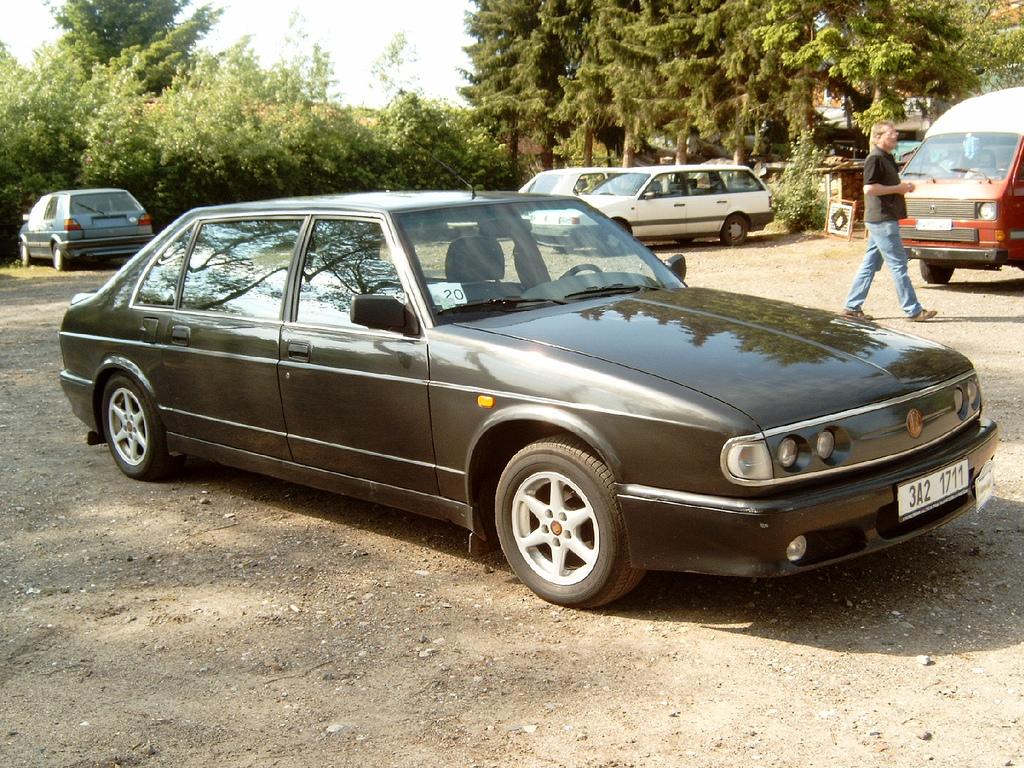 Tatra T700 1996 - 1999 Sedan #6