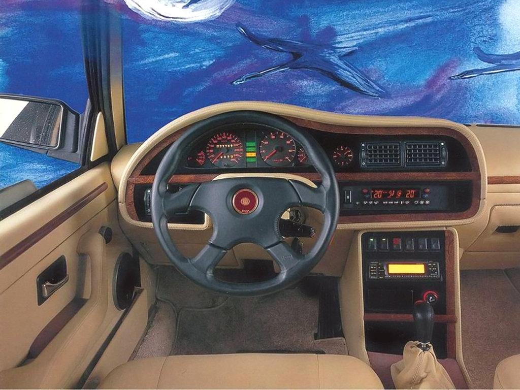 Tatra T700 1996 - 1999 Sedan #8